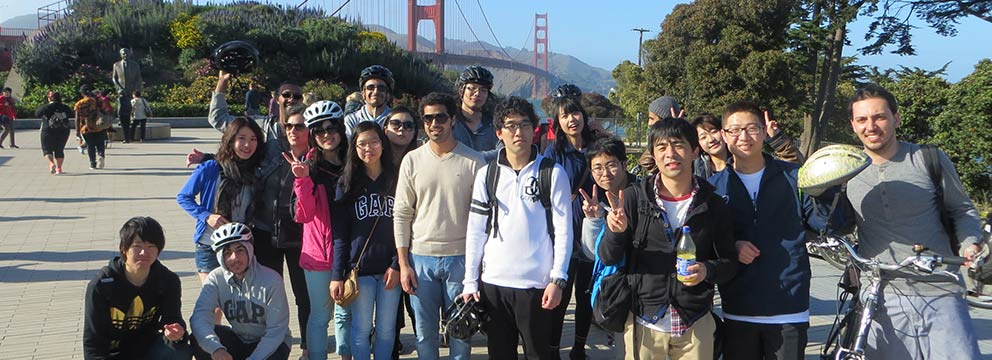 International students from the American Language Institute at the Golden Gate Bridge in San Francisco