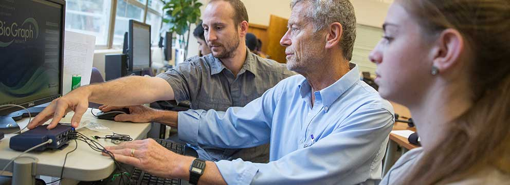 Open University student learns biofeedback with Dr. Erik Peper